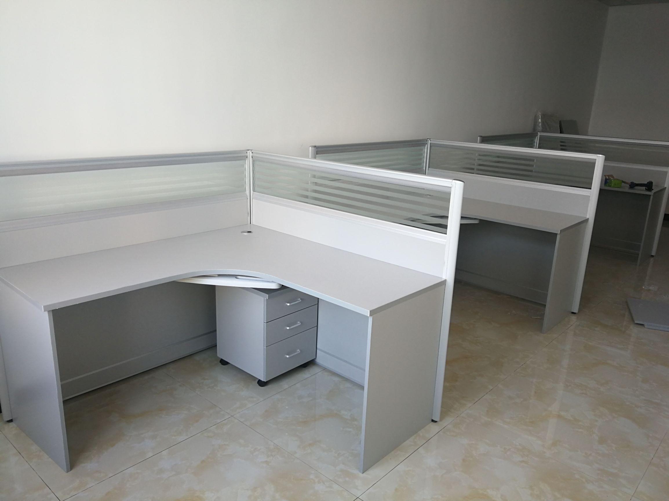 1.4米单人位屏风桌 办公桌