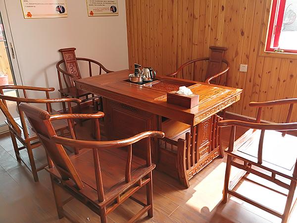 关于红木茶桌等家具的风水分析